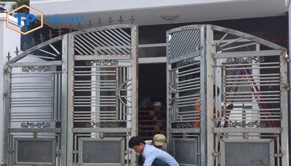 Top 3 công ty sửa cửa sắt tại nhà TPHCM uy tín